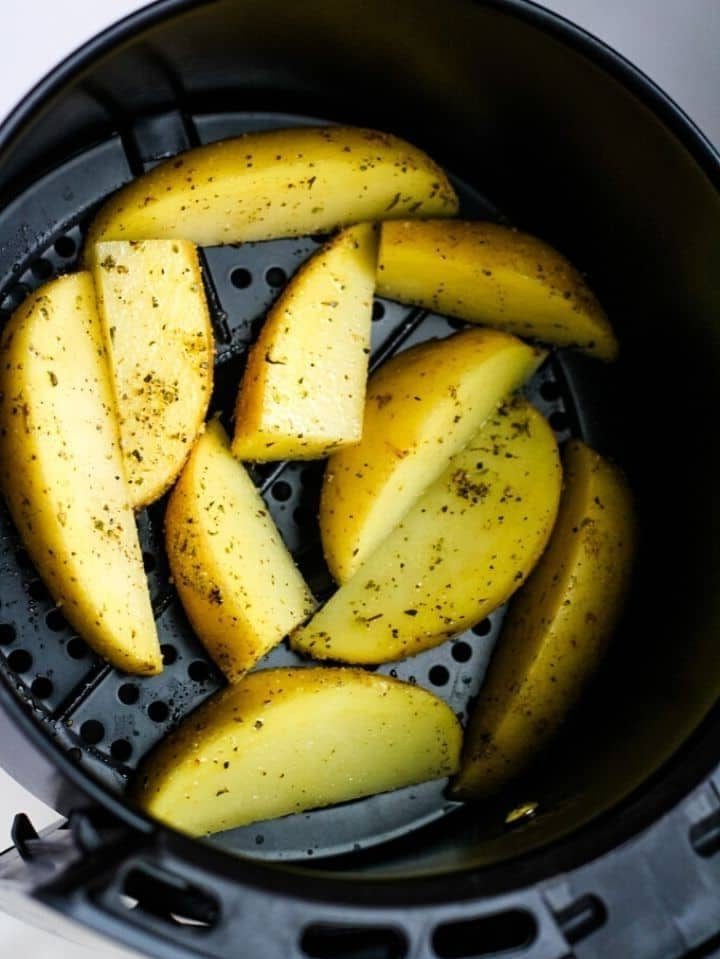 How to Cook Fresh Cut Potato Wedges in an Air Fryer